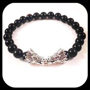 Men or women Onyx gemstones silver dragon bracelet